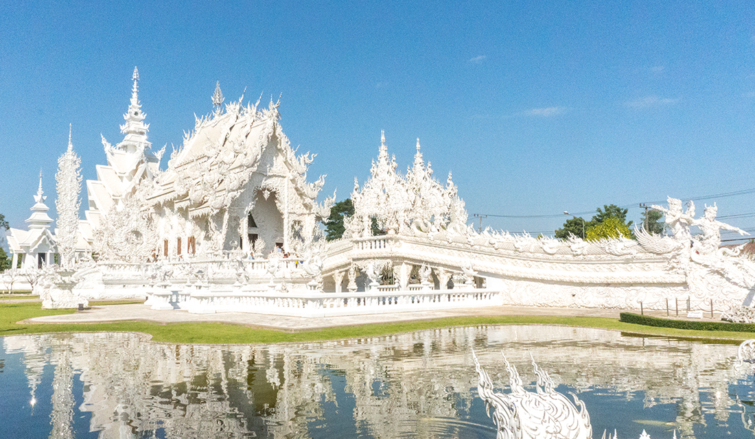 Postcard perfect exterior view of the White Temple.