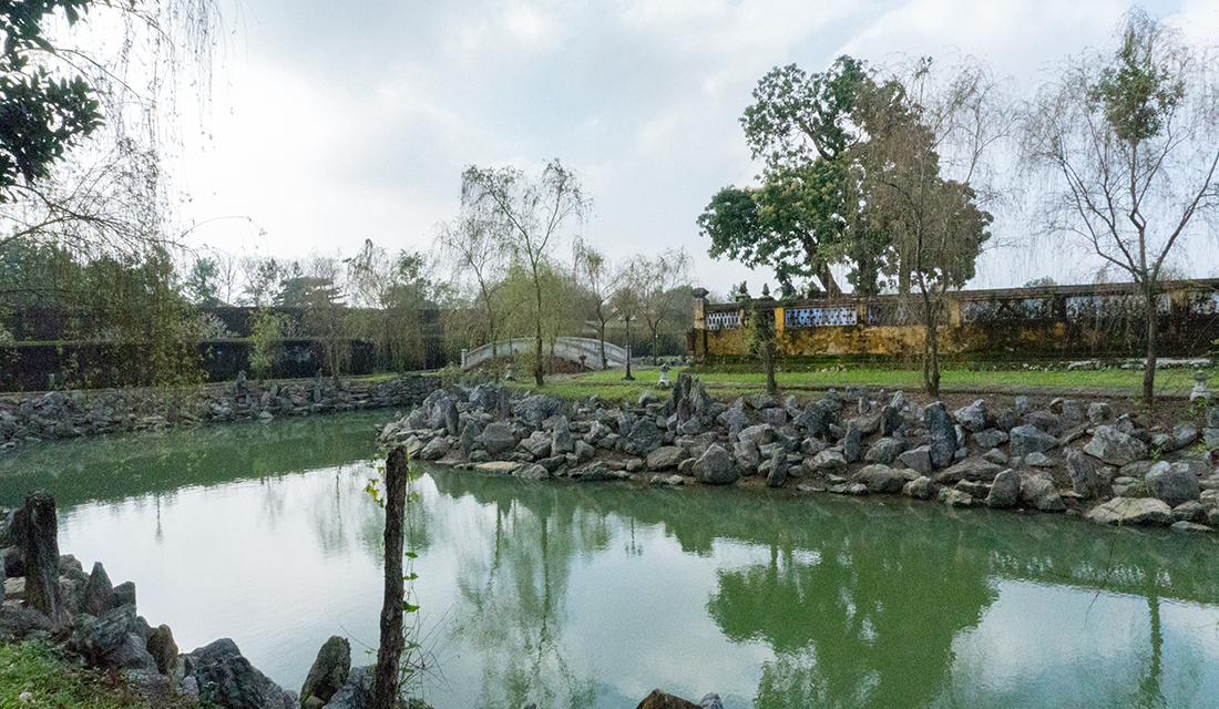 The peace and calm of Ngoc Dich Lake.